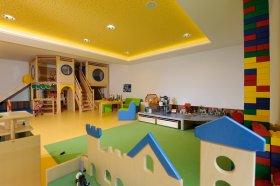 Außenbereich Filo's Kinderclub in Seefeld
