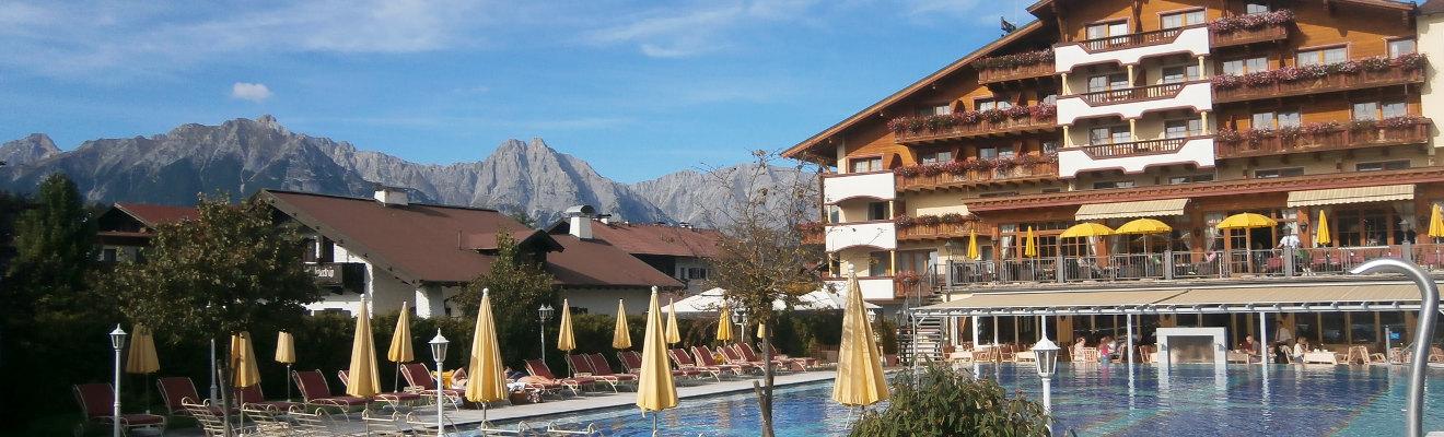 Aussenpool im Alpenpark Resort Seefeld